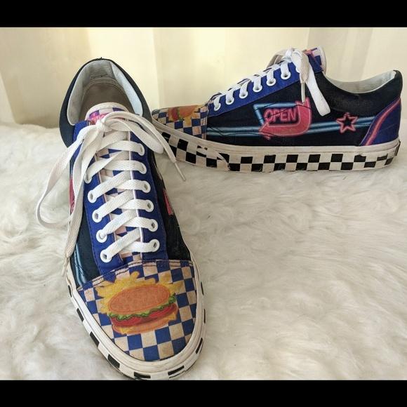 8fe5e77390 Vans Checkerboard Diner canvas shoe. M 5ae686de9cc7ef2ef5a73a5a